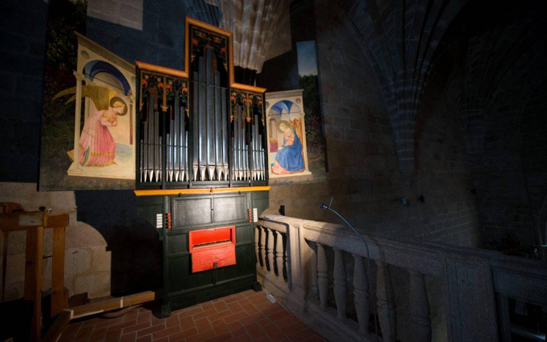 Dos nuevos testimonios sobre la singularidad del órgano de Santa María